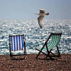 pixabay_deckchairs-355596.png