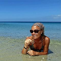pixabay_woman-1203467.png